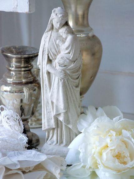 www.gardsromantik.se - Madonna med barn Jeanne d´Arc Living shabby chic lantlig stil