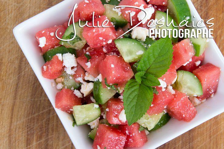 Salade d'été au melon d'eau très simple et remplie de fraîcheur !  #melon #salad #mint #cucumber #concombre #salade #recette #ete