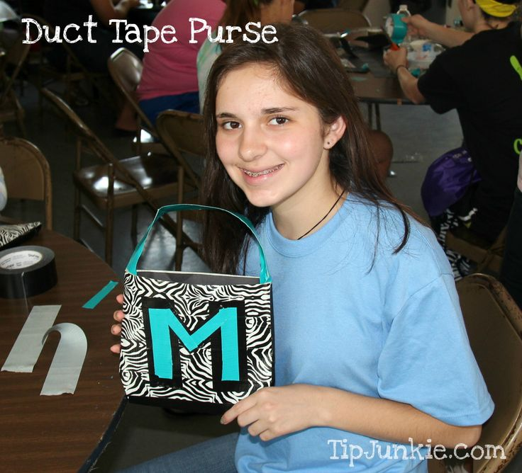 Duck Tape Purse. Great craft activity for the girls.