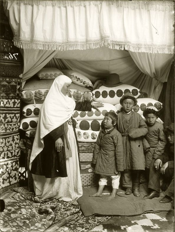 Kazakh family circa 1900 - Photo by Samuel Dudin