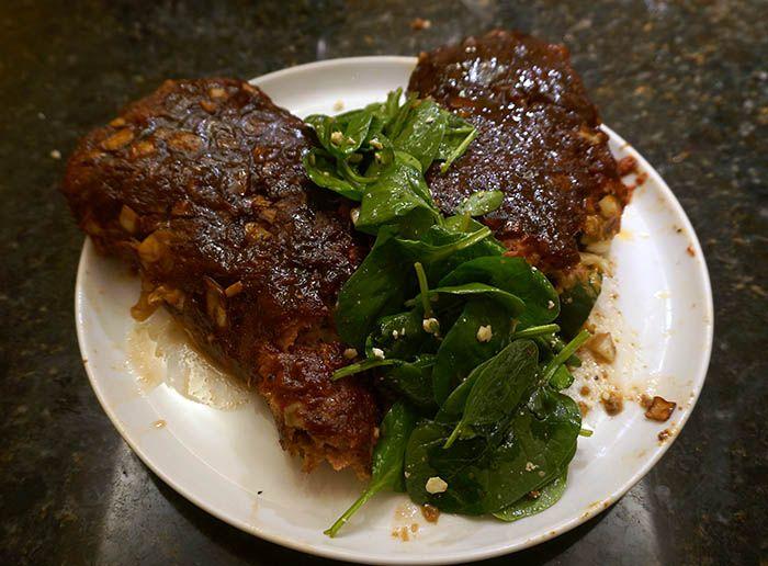 Ultimate BBQ Meatloaf [   Internal Meatloaf Temp ]
