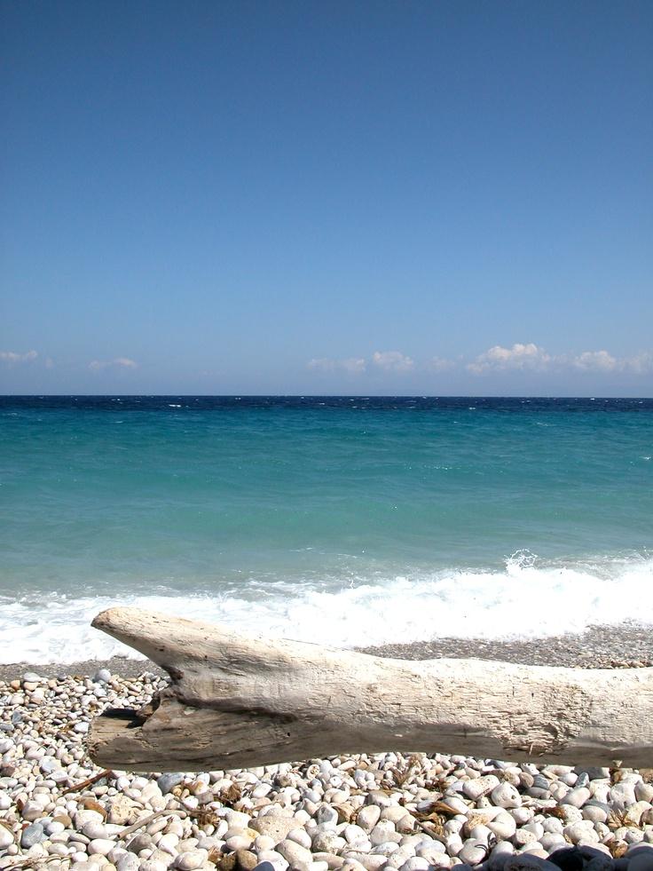 Nice beach op Samos