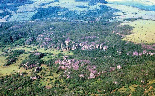 Vista aérea do Parque Nacional da Serra da Bodoquena (MS)