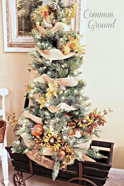 http://www.commonground-do.com/2015/11/transitional-autumn-tree-and-christmas.html?utm_source=feedburner