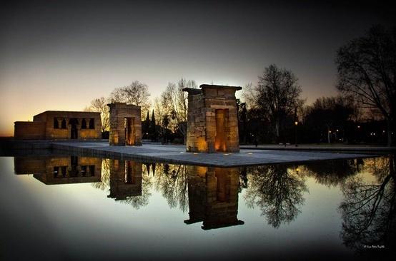 Madrid: Templo de Debod Guarda le Offerte.