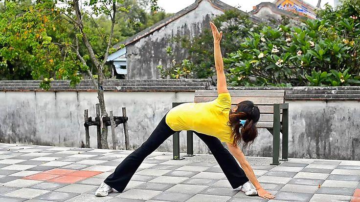 減肥瑜伽轉走脂肪轉出瘦 瘦身塑身, 瘦肚子 瑜伽體式--風車式【反向三角式 】功效 | 伸展側腰, 大腿後側