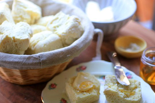 """""""Real"""" Irish Scones // just in time for St. Patty's day, and the author claims they only take about 20 minutes"""