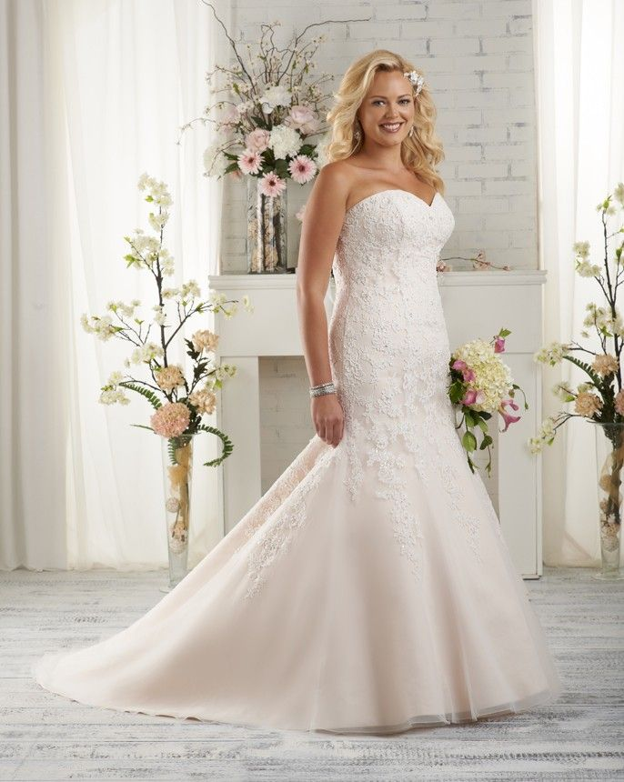 1501 unforgettable plus size by bonny bridal this for Bonny plus size wedding dresses