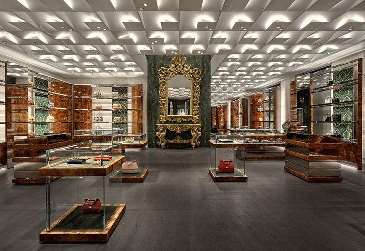 Il designer francese basato a Tokyo collabora con il brand italiano per la nuova boutique di via Montenapoleone tra contrasti di stili e tempi