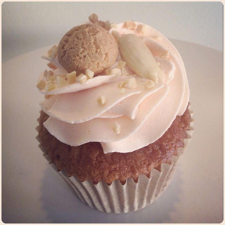 Peach & Almond Cupcake.