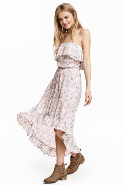 Off-the-shoulder dress: Off-the-shoulder dress in crinkled, patterned viscose with elastication and a flounce at the top, an elasticated waist and a flounce at the hem. Longer at the back. Unlined.