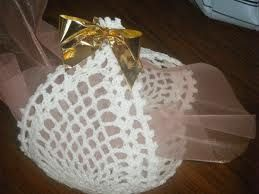 Resultado de imagen de modeles de bonbonnieres au crochet pour mariage