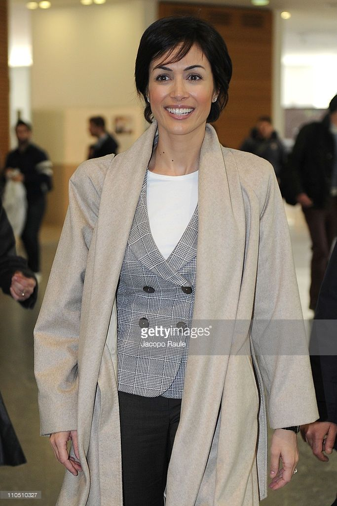 Mara Carfagna Maria Carfagna In 2019 Blazer Sweaters