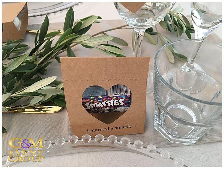 O'Reillys Canungra Valley Vineyards    Wedding Gift Idea    I Married a Smartie    Smarties Chocolate #weddinggift #WeddingIdea #countrywedding #guest #gift #vineyardwedding #smarties #chocolate