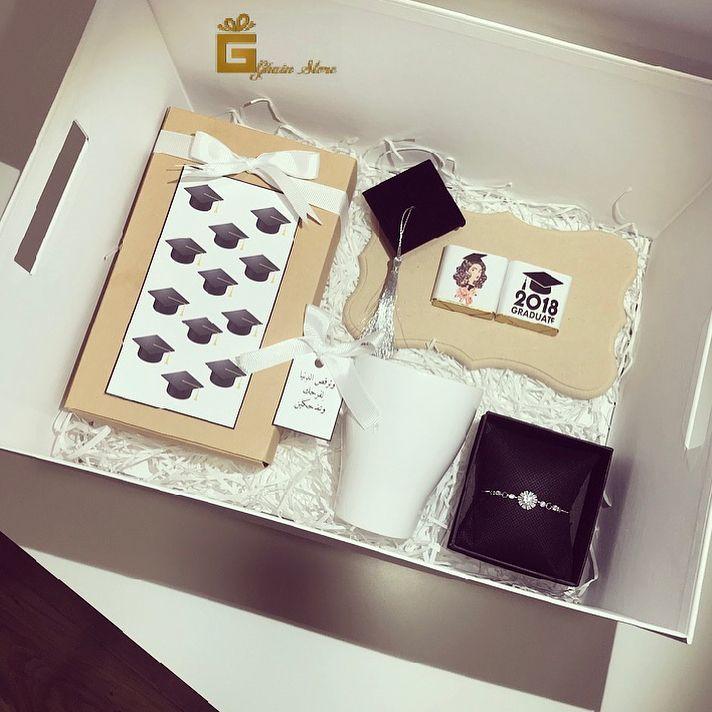 متجر غ ين للهدايا On Instagram اسحب لليمين لمشاهدة المحتويات محتوى الهديه بوكس صغير Graduation Gifts Gifts Graduation Party