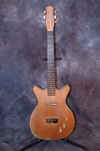 87 best delightful danelectro guitars images on pinterest electric rh pinterest com Silvertone 1448 Wiring-Diagram Wiring-Diagram 2 Pickup Stacked Volume and Tone