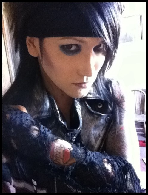 Ashley Purdy :*<<< i showed my 'friends' a bvb video. biggest mistake ever.....