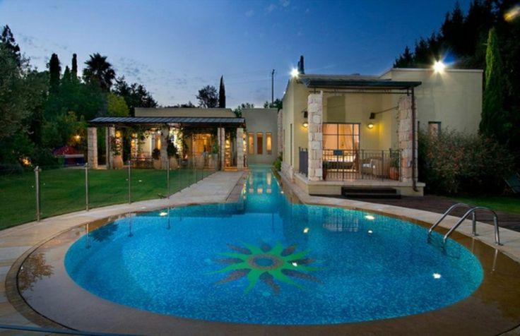 Luxus pool im garten  Der große Poolrategber - so finden Sie den richtigen Swimmingpool ...
