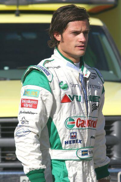 Le prince Carl Philip de Suède sur le circuit en août 2005