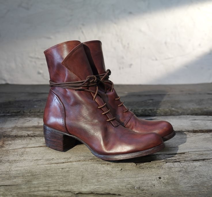 Women's lace-up, handmade, leather shoes, hand dyed leather