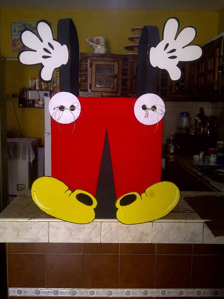 caja de regalo de mickey mouses                                                                                                                                                     Más
