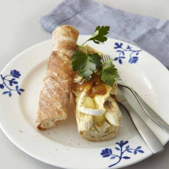 Varm baguette- med brie, banan och mango chutney - Mitt Kök