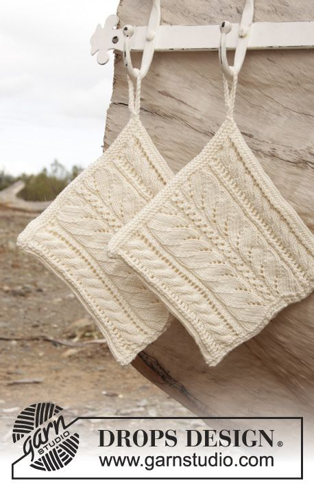 """Helping Hand - Knitted DROPS pot holder with lace pattern in """"Muskat"""". - Free pattern by DROPS Design"""