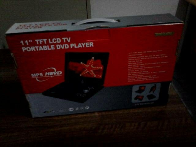 "DVD Player Portable 11"" Harga Promo.... Hanya di https://www.tokopedia.com/yoriyukishop/dvd-player-portable-11"
