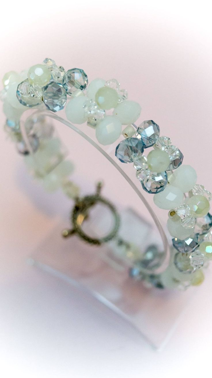 Excited to share the latest addition to my #etsy shop: Bracelet 9 http://etsy.me/2Cot3oR #jewelry #bracelet #clear #white #no #women #womanbracelet #handmadebracelet #fashionbracelet