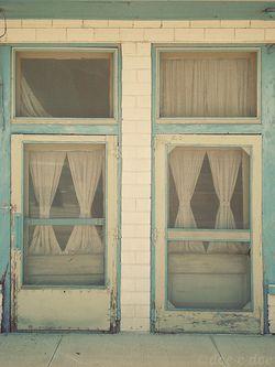beach house?: Idea, Blue, Colors, Windows Doors Porches, Wood Screen Door, Screens, Screendoor Screendoors, Screen Doors