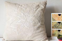 Kissen mit Mandala besticken DIY selber machen handmade