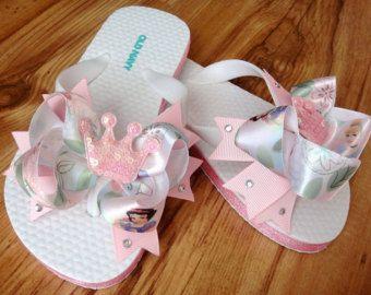 Rose princesse Flip Flops - bambin fille Flip Flops - princesse noeud Flip Flops - neige blanche princesse Disney de couronne inspiré