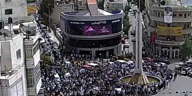 Palestina Pawai Akbar di Ramallah | Hizbut Tahrir Indonesia