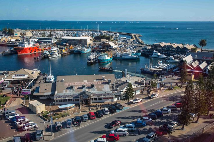 A thriving working port, Fremantle's Fishing Boat Harbour is famous for its succulent fish and chips, locally brewed beer and waterside restaurants.