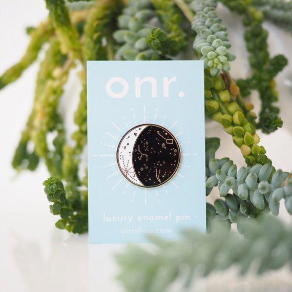 Pin esmalte de fase de la luna / / * PRE orden * Luna pin - pin de esmalte - solapa - insignia de flair - esmalte joyas - pin