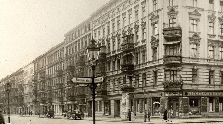 Helmholtzplatz (hier an der Duncker- Ecke Raumerstraße) im Prenzlauer Berg um 1920 berlinerspargel – Google+