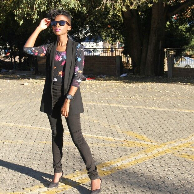 How to wear the long armless blazer. Now on www.toosnazzy.tumblr.com