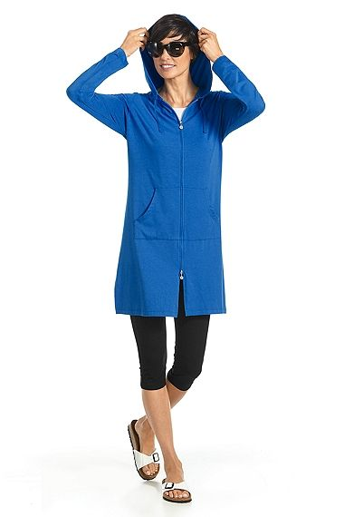 Cabana #Hoodie and #Summer Capris. What more do you need? This SPF 50+ outfit offers you a comfortable look that gives the ultimate coverage against #UV rays!