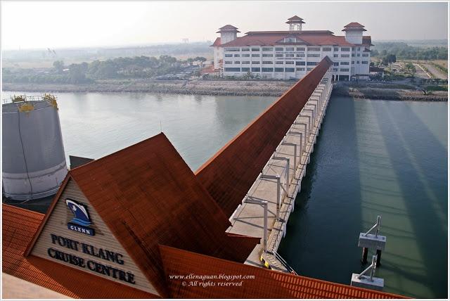 Voyager Of The Seas - Royal Caribbean International  ~ Port Klang
