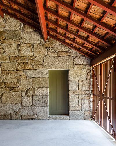 larameeee:  Nuno Graça Moura — Rural House Refurbishment - Europaconcorsi