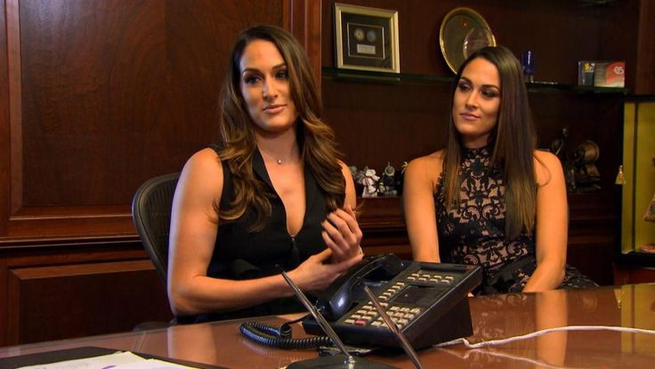 """'Total Divas' 511 Clothes Quarters for all - https://movietvtechgeeks.com/total-divas-511-clothes-quarters/-On this week's episode of """"Total Divas,"""" backstage at an event Alicia said her mother wanted to come visit but she didn't want her to because she would never leave. Brie, Daniel Bryan and Nikki went out to breakfast"""