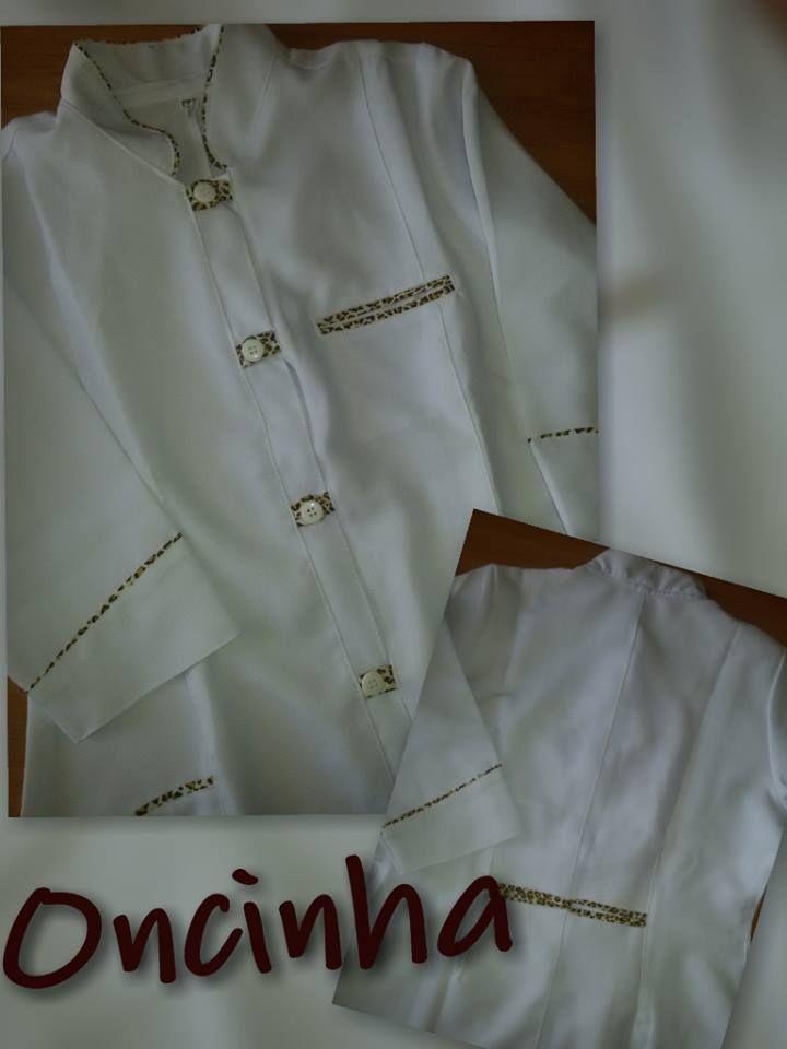 Jaleco Feminino Gola Padre Oncinha #labcoat #Uniforms #Fashion #Style #Nurse #Medical #Apparel #rendasetramas
