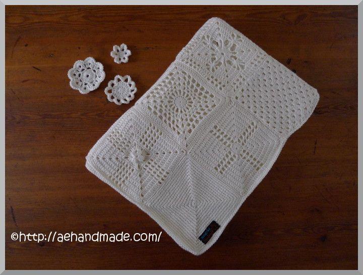 Virka en enfärgad filt med många olika rutor.