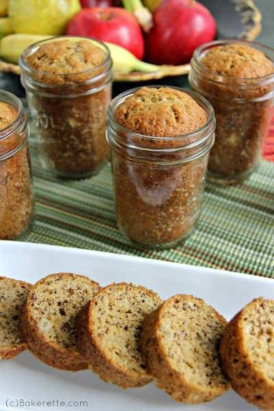Bake banana bread right into a mason jar for a less crumb-y grab-and-go option.