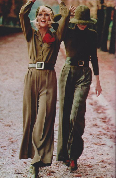 Left: Emmanuel Khan pants and blouse, La Bagagerie belt, Walter Steiger shoes. Right: Renoma pants, Gelot hat, Clubissimo shirt, Bak shoes, La Bagagerie belt . Elle France 1971. Photo by Elizabeth Novick
