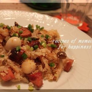 ケンタロウさんの「きのこと焼き豚の炊き込みご飯」♪ by Junko さん | レシピブログ - 料理ブログのレシピ満載!  先週の我が家は 炊き込みご飯 週間でした  今日は ケンタロウさん のレシピを参考にして作った  「きのこと焼き豚の炊き込みご飯」 をご紹介します  2005年のオレンジページに載っていたのですが ...