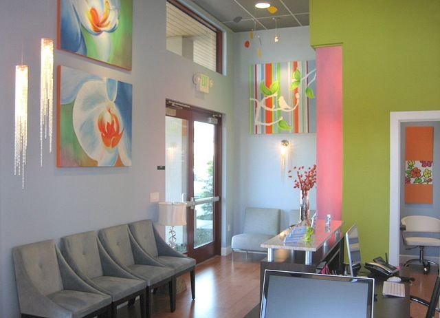 """I like the """"homey"""" feel and the use of colors, style of furniture"""