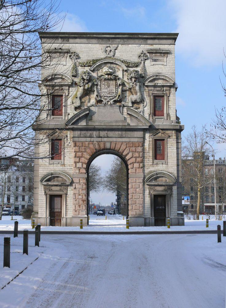 De Waterpoort is one of the remaining Medieval city gates of Antwerp, Belgium