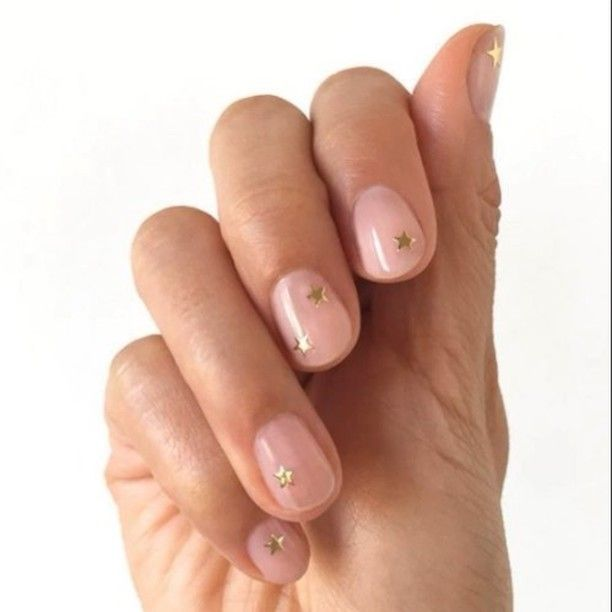 Star Nails Are Trending In Los Angeles And On Instagram We Talk To The Founder Of Olive June Salon On How To Get Manicure Inspiration Manicure Minimal Nails