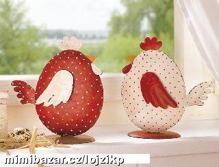 Kovové postavičky kuřátka